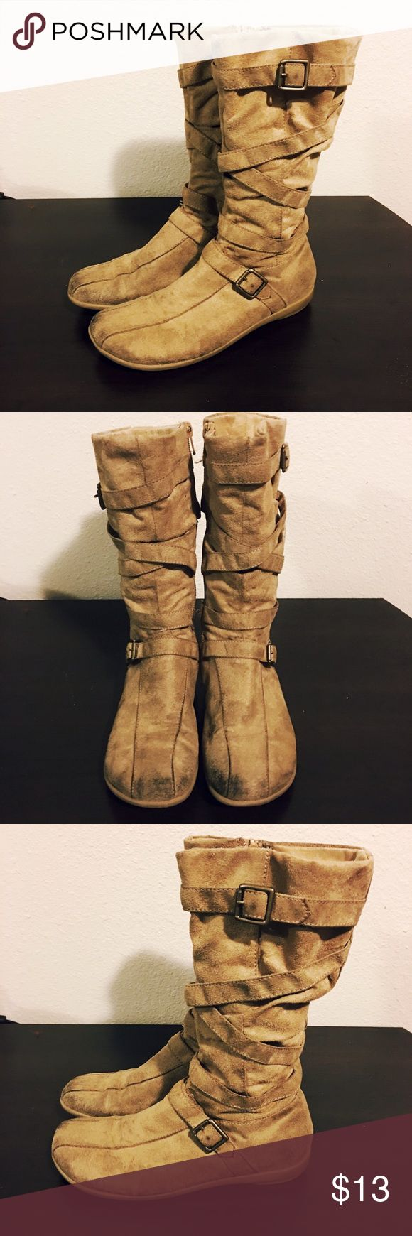 🆕 Beige Zipped Up Boots Has been worn several times. In good condition. Airwalk Shoes Boots