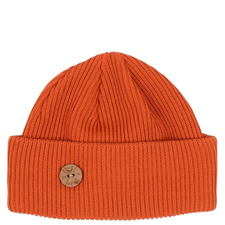 Shop now! Timberjack Merino Wool Beanie This beanie is as fresh as the forest after rain. Details: Thick quintuble knit with triple fold. 100% organic merino wool Wooden Button