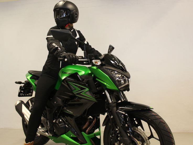 Z 300 ABS A2 demo rider.