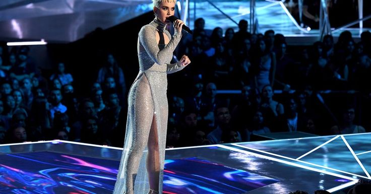 At the V.M.A.s, Is the Game of Costumes Over? https://www.nytimes.com/2017/08/28/fashion/vmas-2017-red-carpet-review.html?utm_campaign=crowdfire&utm_content=crowdfire&utm_medium=social&utm_source=pinterest