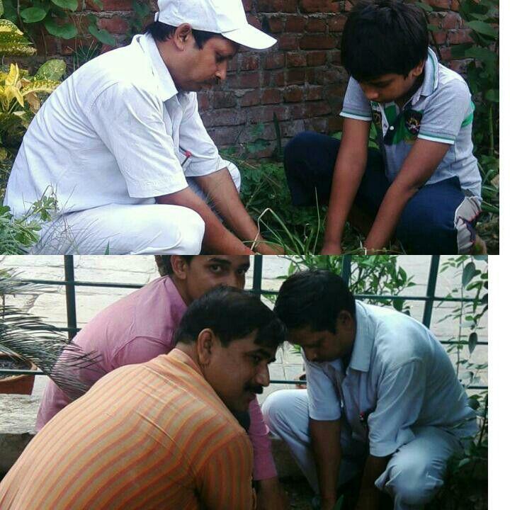 08 जून 2017 को 709 वें दिन लगातार पौध रोपण के क्रम में खेल क्रान्ति अभियान/पर्यावरण शुद्धिकरण अभियान के संस्थापक / सचिव-अनिल कुमार सिंह(ग्रीन गुरु जी) प्रवक्ता, शान्ति निकेतन इण्टर कॉलेज ,पचोखरा, मिर्ज़ापुर द्वारा 1 जुलाई 2015  से लगातार  किए जा रहे पौध रोपण के 709 वें दिन के क्रम में जे .पी. पुरम ,कॉलोनी, मिर्ज़ापुर में अनुराग जी प्लाट में  रजनीगंधा के पौध का रोपण अभिनव सिंह के साथ किया। साथ ही 8 जून को  सायं 6 बजे जिलाधिकारी महोदय द्वारा पार्को के सुंदरीकरण के सम्बन्ध में अपने कार्यालय में…