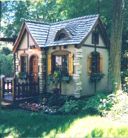 Cottage in the Vermont countryside. How stunning!!!!!
