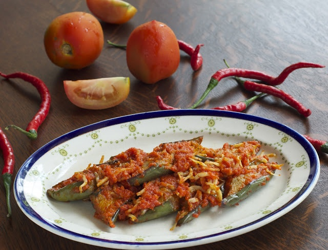 Indonesian Medan Food: Aubergine in Tomato n Chili Paste (Sambal Terong)