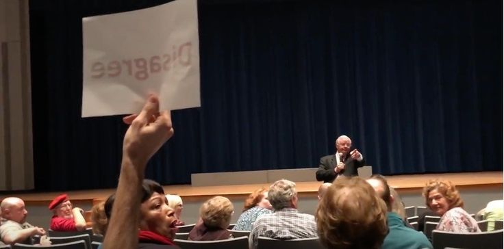 Campaign Action   Republican Rep. Joe Barton (TX-06) held a town hall over the weekend in the tiny town of Frost, Texas—an hour from his more populous base in Arlington. While everyone congratulated Rep. Barton for having the guts to hold a town hall...