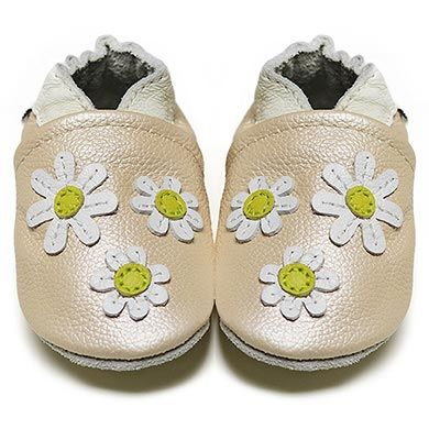Dazzling White Daisies - Soft Sole Baby Shoes | Fox & Frog