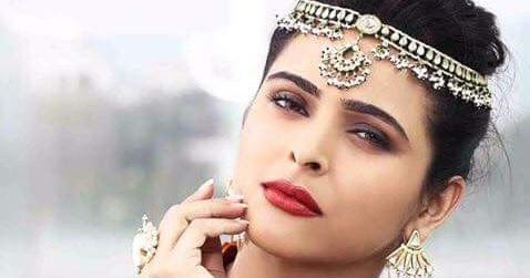 New Show /Facebook/Instagram/Twitter/HD Image  Madhurima Tuli is an Indian actress in Bollywood and South Indian films and television. Tuli was born in Dhanbad Jharkhand. Her father works for Tata Steel her mother is a mountaineer and works for an NGO and she has a younger brother  Madhurima Tuli Wiki BiographyPicsAge WallpaperProfileTv SerialIndian Hottie  Madhurima Tuli Early Career  Tuli made an early debut in the Telugu film Saththaa (2004) opposite Sai Kiran. She moved to Mumbai and…