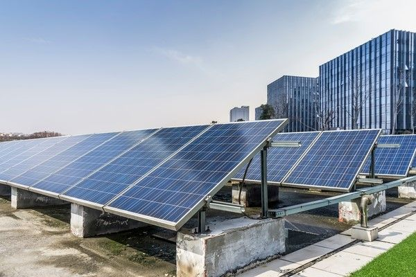 What Are The Solar Panels How It Works In 2020 Solar Panel Manufacturers Solar Panels Best Solar Panels