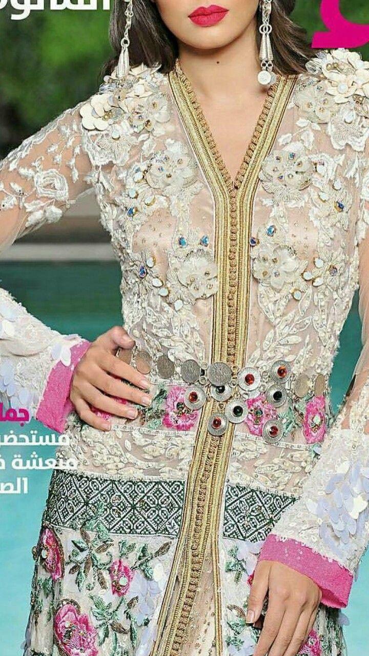 190 Best Marocain Moderne Images On Pinterest Caftan Jolie Clothing Aftan Dress Moroccan Trd Mille Abayas Gypsy Robes Caftans Indian Suits