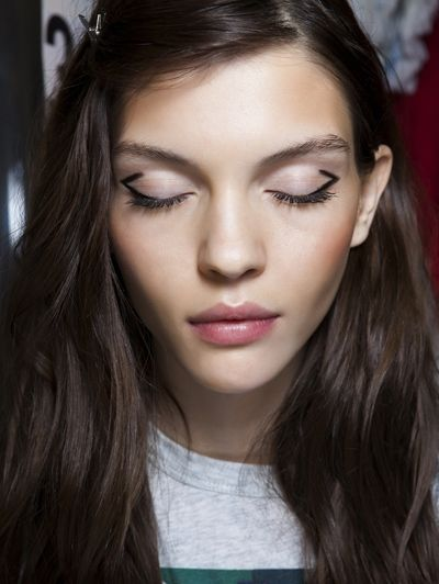 12 nieuwe manieren om eyeliner te dragen / Make-uptrends / Trends / Beauty | ELLE Mobiel