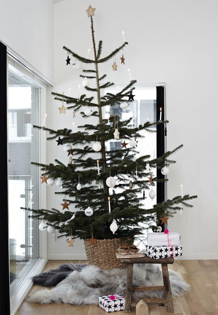 Rustic Christmas interior - lots of wood - love it!