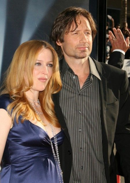 (I HAVE BEEN WAITING FOR THIS MY ENTIRE LIFE!)  Report: Gillian Anderson Living With Lover David Duchovny