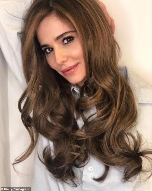 Cheryl Shows Off Lighter Hairdo For 2019 Saying She Wanted A Change Cheryl Cole Hair New Hair Hair