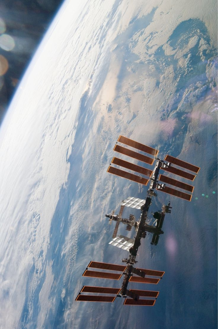 176 best SciFi - Space Stations images on Pinterest ...