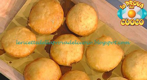 Bomboloni di patate con mortadella ricetta Anna Moroni da Prova del Cuoco