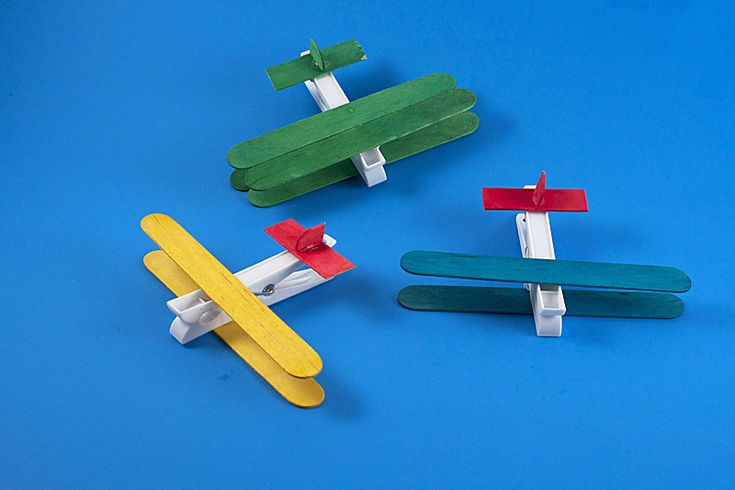 Clothespin Airplane craft for preschoolers