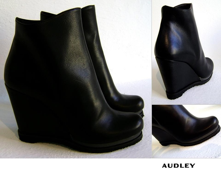 AUDLEY Shoes ♥ ♥ ♥ Audley= design, tendenza avanguardista e comodità!    // Approfondisci e Acquista ONLINE a questo link:  http://www.cleofeshop.com/it/catalogo/details/5166/8/women/scarpe-e-accessori/audley-shoes---scarpa-zeppa-grisel-black-salvage