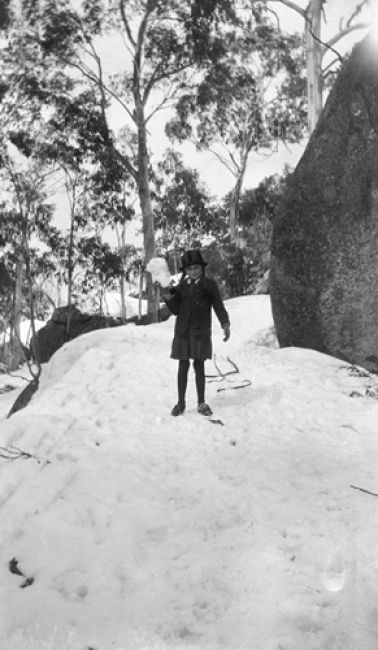 """Guide"" Alice Manfield's daughter Genevieve, Mt Buffalo, Victorians on vacation image gallery, State Library of Victoria"