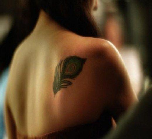 70 Amazing Shoulder Tattoos For Women - EcstasyCoffee