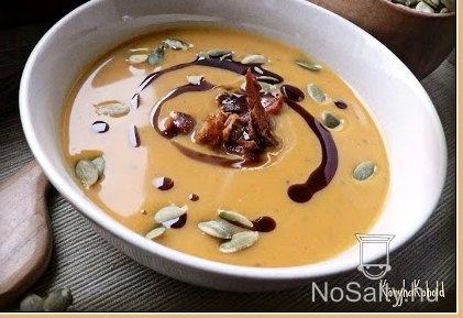 Almás-chilis sütőtökkrémleves  http://www.nosalty.hu/recept/almas-chilis-sutotokkremleves