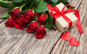 Обои красные розы, бутоны, сердце, любовь, день святого валентина, розы, романтичный, розы, подарок, красный, цветы