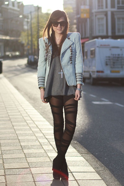 Want those tights!