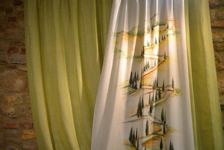 Tenda in tessuto 100% Lino soft con telo decorativo dipinto a mano.  #ARTEARTI #artigianato #tende #tendaggi #tappezzeria #lino #linen #montepulciano  #arredamento