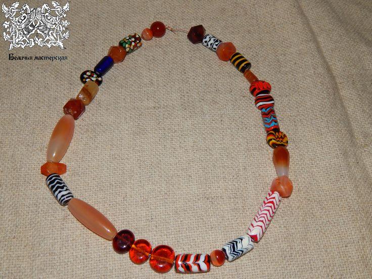 Necklase of glass beads and cornelian, from Volga Bulgaria, Great Bulgur 14th century