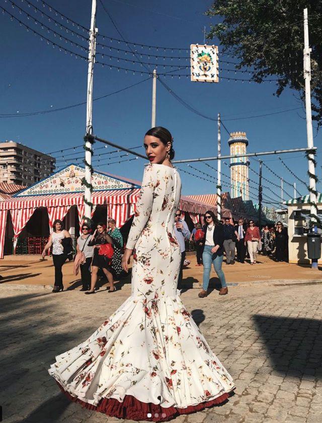 3e4de0ab7 Feria de Abril de Sevilla 2018: Así son los trajes de flamenca de ...