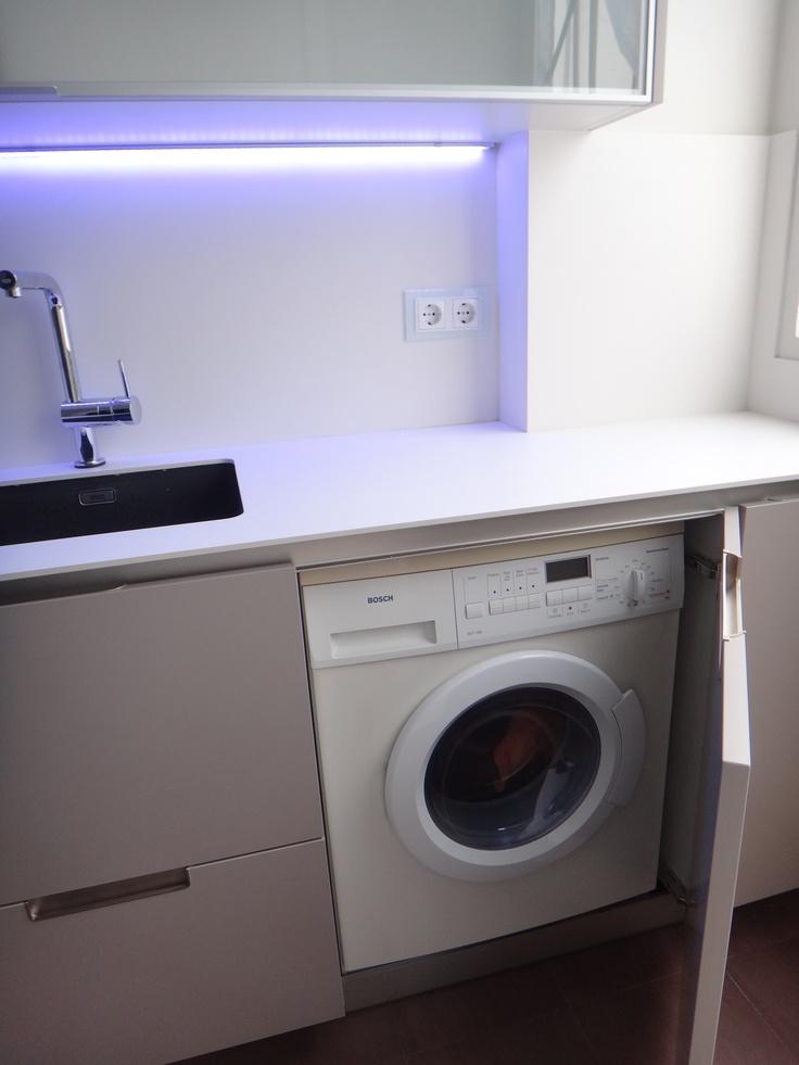 Lavadora de libre instalaci n integrada en cocina con puerta modelo minos by smstudio detalles - Armario para lavadora ...