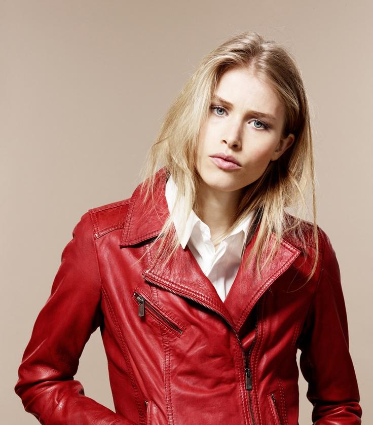 Oakwood - the leather brand