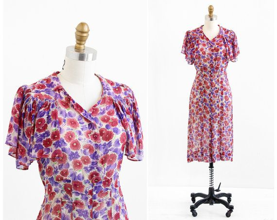 Lovely vintage early 1930s dress.    ✧ custom made -- one of a kind!  ✧ sheer crepe chiffon with burgundy + purple flowers  ✧ smock gathered