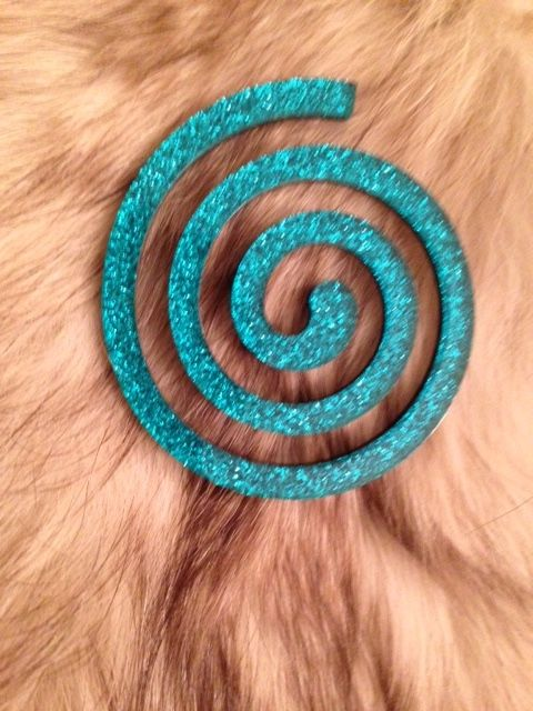 The absolute New Collection Spiral Broch on fur's surface for Scicche www.scicche.it