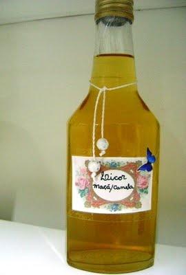 Licor de maçã e canela: Bebidas Chá Milk Shak, Suco, Liquor