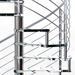 Escalera de caracol en acero inoxidable y peldaños de cristal, un magnifico diseño