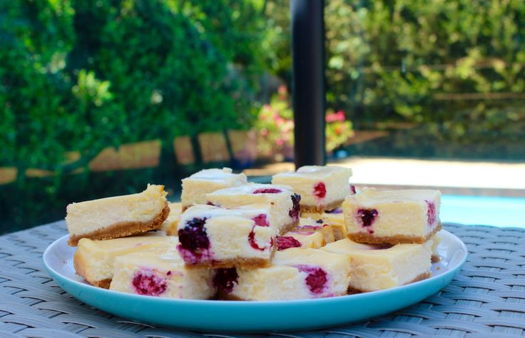 Raspberry & White Chocolate Cheesecake Slice - a plate of these beside the pool on a hot day is just perfect. www.cookfasteatslow.com