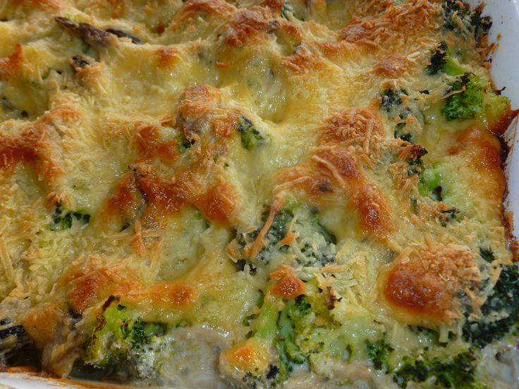 Gratinado de brocoli con salsa de champiñones