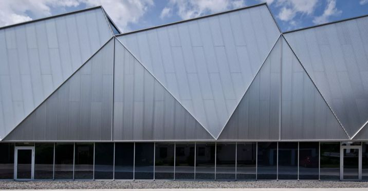 #Architecture in #Germany - #Factories Production Hall Trumpf Hettingen by Barkow Leibinger