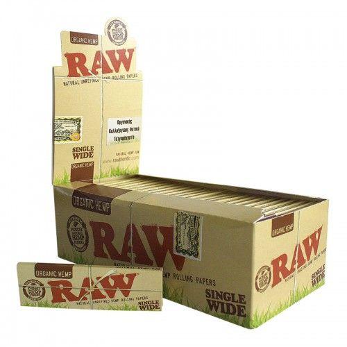 Τα οικολογικά τσιγαρόχαρτα Raw Organic Single Wide έχουν φυσικό ανοιχτό καφέ χρώμα και δεν περνάνε την επεξεργασία λεύκανσης . Κατά την παραγωγή τους ,δεν χρησιμοποιείται ζωική ή φυτική κόλλα αλλά ζάχαρη . Το κάθε χαρτάκι έχει ειδικό υδατογράφημα Criss Cross, που κάνει το τσιγάρο να καίγεται ομοιόμορφα. Το κάθε τεμάχιο περιέχει 50 φύλλα