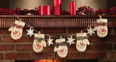 Country Mitten Snowman Clothespin Christmas Garland