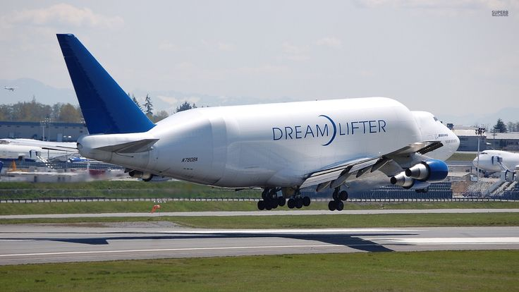 Boeing Dreamlifter taking off