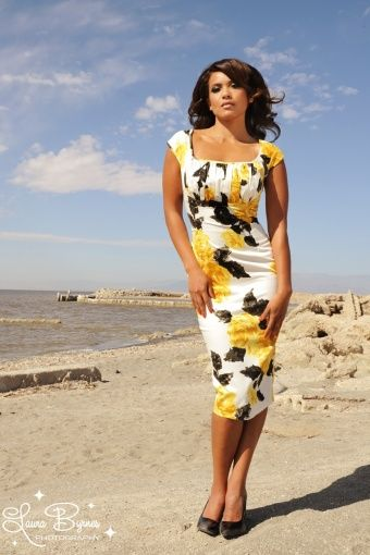 Pinup Couture - 50s Erika Dress in Yellow and Black Vintage Floral Print