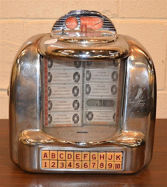 Table Top Coin Operated Chrome Diner Juke Box Seeburg Co