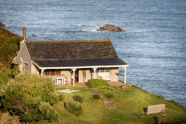 The Beach Hut Cornwall, Luxury Beach Hut by the Sea North Cornwall