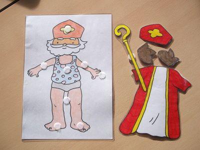 Oei? Sinterklaas heeft geen kleren aan. Dat kan toch niet. De kleren van de sint kunnen de kinderen aandoen. Goed voor de cognitieve ontwikkeling en de fijne motoriek.