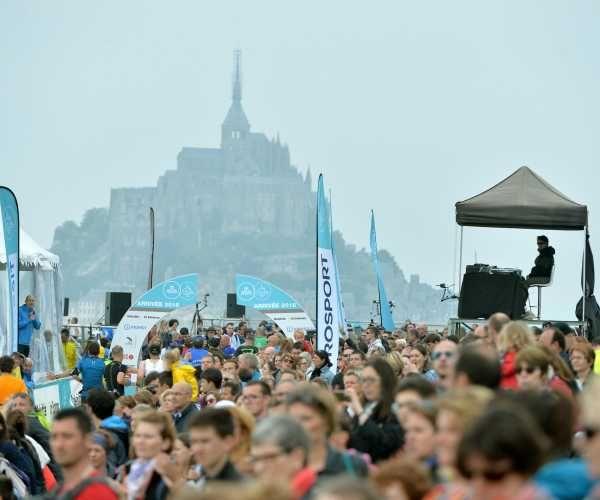 Marathon de la Baie du Mont-Saint-Michel 2016 - 29/05/2016 - Cancale / Le Mont-Saint-Michel – France – Marathon – Ambiance a l'arrivee