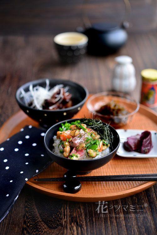 「海納豆丼と牛スジの土手煮」 - 花ヲツマミニ