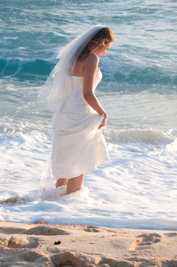 5328e4a60cfd7da3dc41cb2d6699b2e5  beach photos beach wedding photos - best beach wedding photos