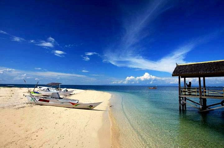 Samalona Island, Makasar, South Sulawesi, Indonesia (Indonesia Photography)