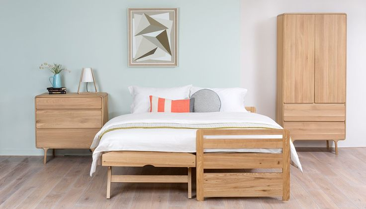 Easy to operate, solidly structured and minimally styled, the ingenious foldaway design of the Storabed is the answer to all your space-saving needs. Thanks to sprung-loaded legs, this flexible piece of furniture quickly switches from one to two  single beds, perfect for when relatives come to stay, children's sleepovers or last minute guests.