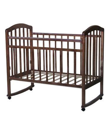 Антел Качалка Алита 2 орех  — 3470р. --------------------------- Кровать-качалка Алита 2 орех -  мебель классического дизайна, произведенная из массива березы. Снабжена полозьями для качания, колесами для передвижения, накладками из ПВХ на боковинки. Для детей с рождения до 3-х лет.
